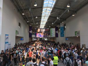 Huge crowd at Gamescom